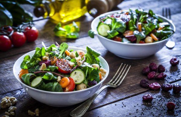 มารู้จักประโยชน์ของอาหารคลีนสำหรับคนรักสุขภาพกันเถอะ!